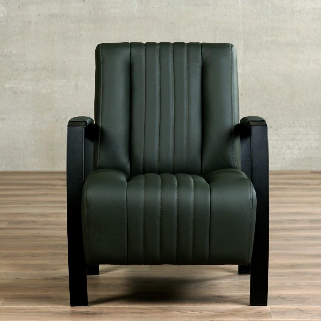 Zwarte Leren Relaxstoel.Leren Fauteuil Glamour Toledo Leer Verde Frame Zwart